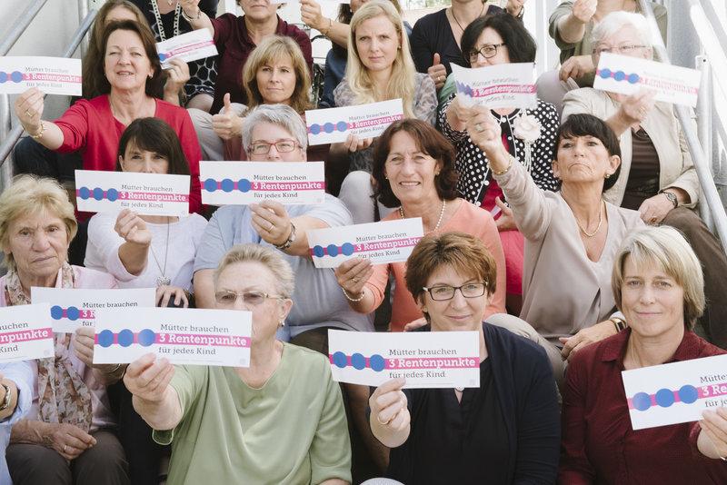 Rentenpaket: Etappensieg für Mütterrente